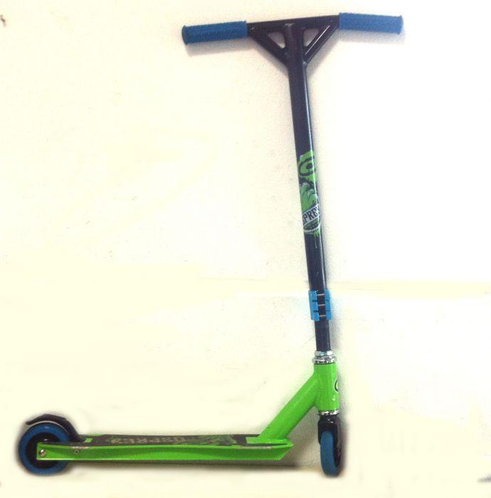 osprey scooter 360 pro stunt graffiti city roller schwarz. Black Bedroom Furniture Sets. Home Design Ideas